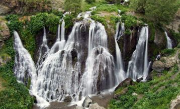 Водопады Армении